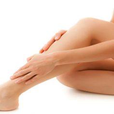 18 προβλήματα των ποδιών μας που μας προειδοποιούν για τη συνολική μας υγεία cover image