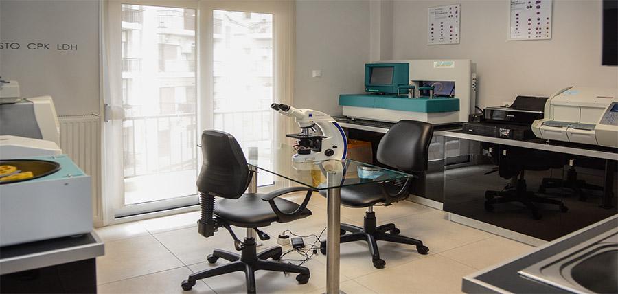 ΓΚΙΖΑΣ  Β.  ΑΘΑΝΑΣΙΟΣ - φωτογραφία από το ιατρείο