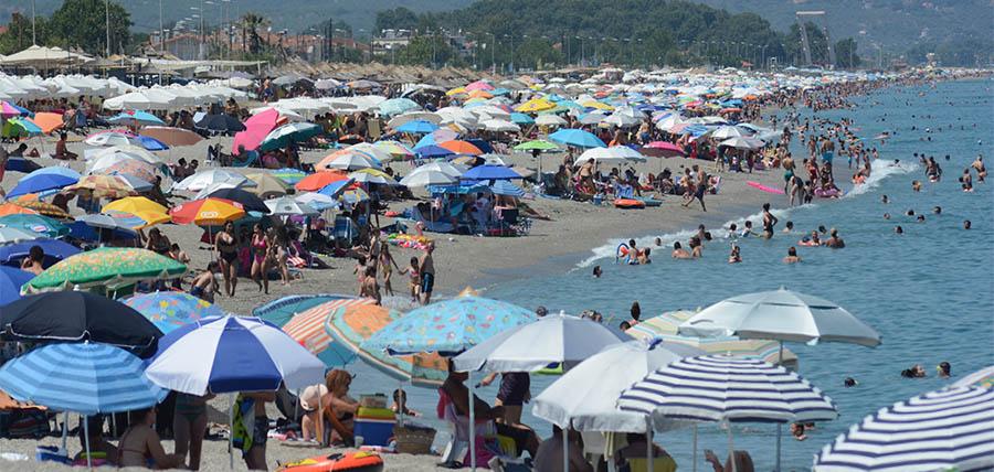 Καλοκαίρι & Covid-19 – Διακοπές με ασφάλεια article cover image