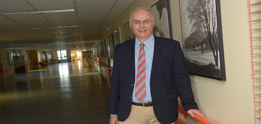 Εκ νέου πρόεδρος του τμήματος Ιατρικής ο Αθ. Γιαννούκας article cover image