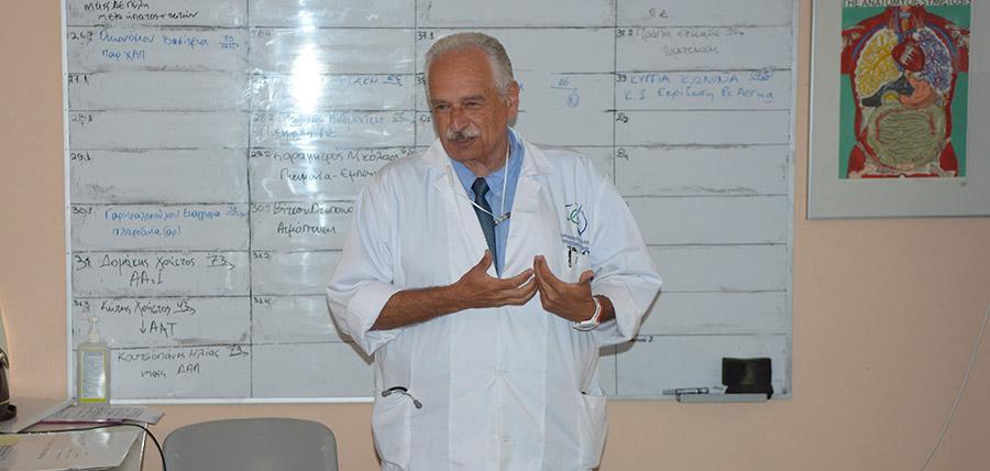 Κ. Γουργουλιάνης: Η έλλειψη πνευμονολογικών κλινικών και προσωπικού φάνηκε στην πανδημία article cover image