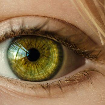 Οπτική νευροπάθεια Λέμπερ: Γονιδιακή θεραπεία στο ένα μάτι βελτιώνει την όραση και στα δύο μάτια σε τυφλούς ασθενείς cover image