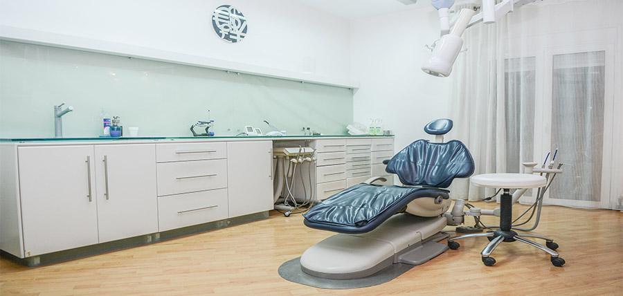 ΠΑΠΑΔΟΠΟΥΛΟΣ  ΝΙΚΟΛΑΟΣ - φωτογραφία από το ιατρείο