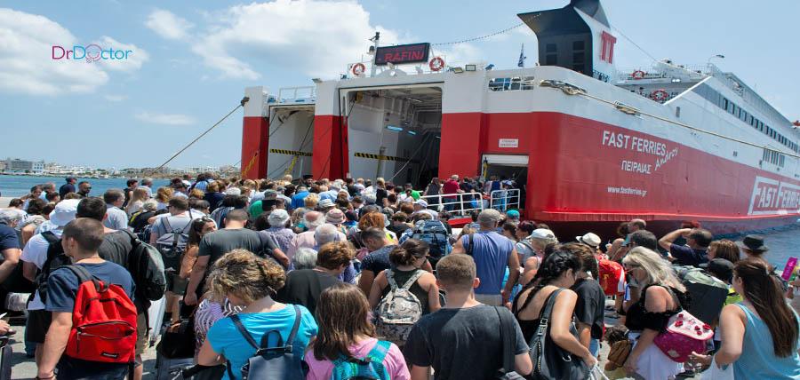 Διακοπές στα νησιά: Αλλάζουν όλα από Δευτέρα – Green pass ή αρνητικό τεστ για να μπούμε στο πλοίο article cover image